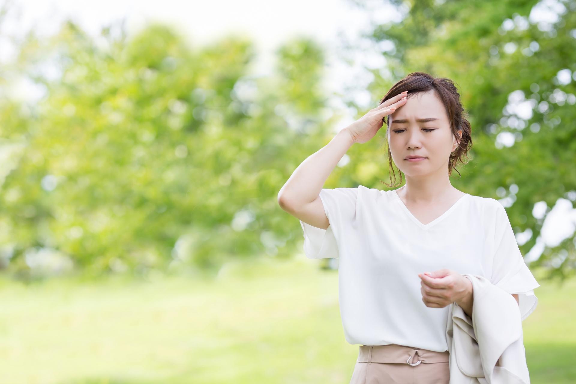 パニック障害は、夏の暑さで悪くなる? 不快な感覚と不安障害の関係